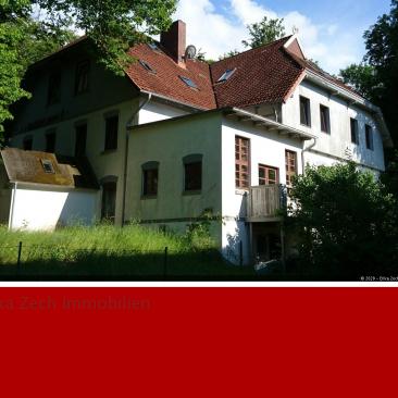 3 Zimmer Wohnung in alter Reeder Villa auch luxussaniert möglich in 23714 Malente